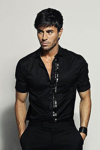 Enrique Iglesias is actually bae <3