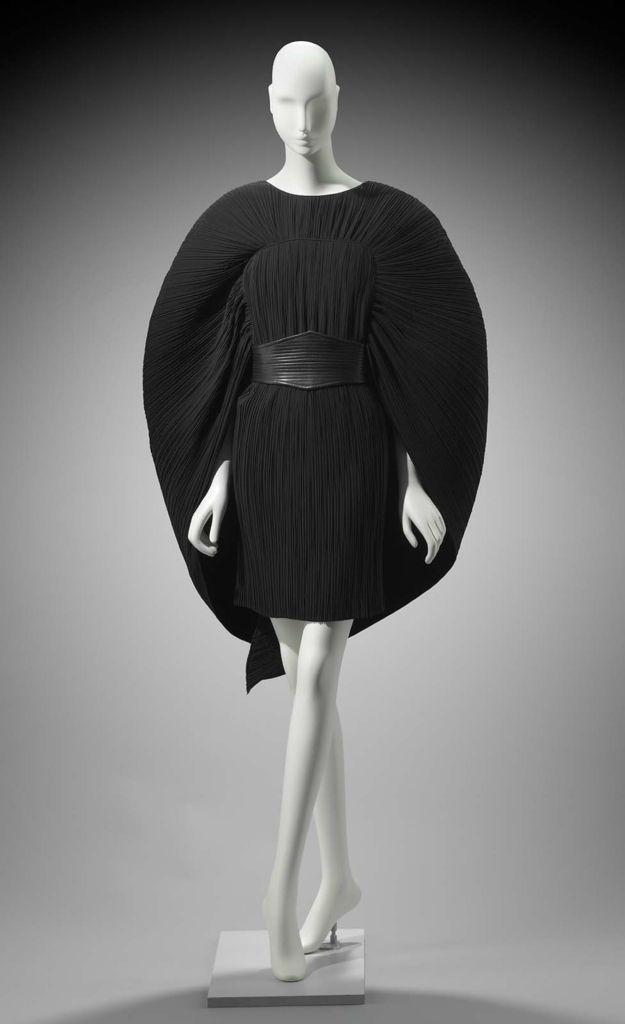 1988, England - Woman's ensemble (dress and belt) by Gnyuki Torimaru - Dress: Plain weave polyester with heat set pleats Belt: PVC