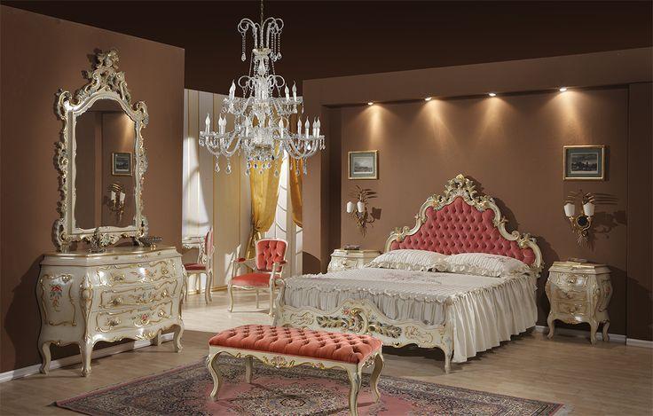 Camera da letto Perla, #Camera da letto Perla, intagliata e laccata a mano, #Zulianimobili. #arredamento #interni #classico #letto #como #ideepercasa #ideeforhome