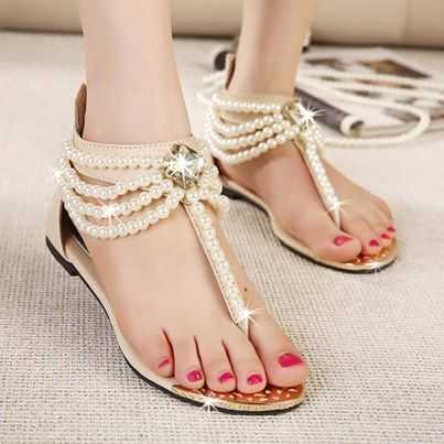 Rome Women's Sandals With Beading and Flip-Flop Design