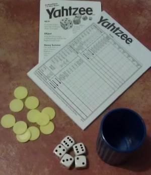 Cinco juegos de dados para jugar en familia: Yahtzee