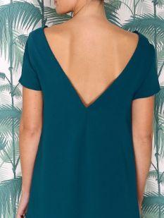 Vestido color verde azulado Vestido recto  Con espalda descubierta Mangas cortas  Vestido de dama de honor o invitada para matrimonio. LUCIE ANDRÉ | Confección de vestidos únicos y a medida en línea | Chile