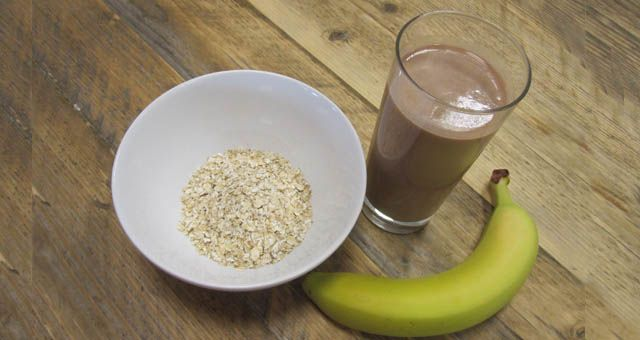 Do-it-yourself nutrition for cycling -- create your own bars, snacks and drinks to keep you fueled for your ride.