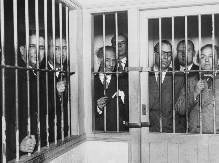 Sánchez Portela, Alfonso - El gobierno de Cataluña en la cárcel Modelo | Museo Nacional Centro de Arte Reina Sofía