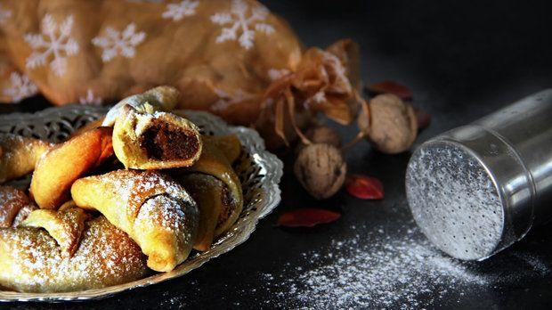 Martinské rohlíčky s ořechovou náplní