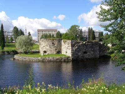 Kajaani river landscape and castle ruins.