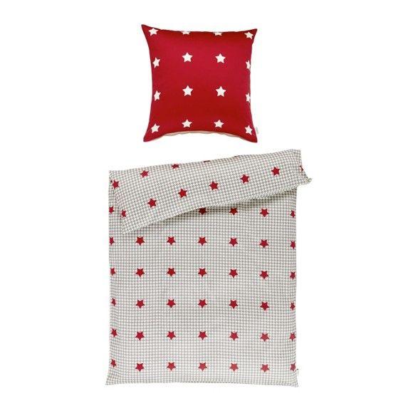 Diese Bettwäsche bringt die Sterne zum Greifen nah: Der Bezug ist in knalligem Rot, Beige und Grau gestaltet und mit einem feschen Sternenmuster bedruckt.