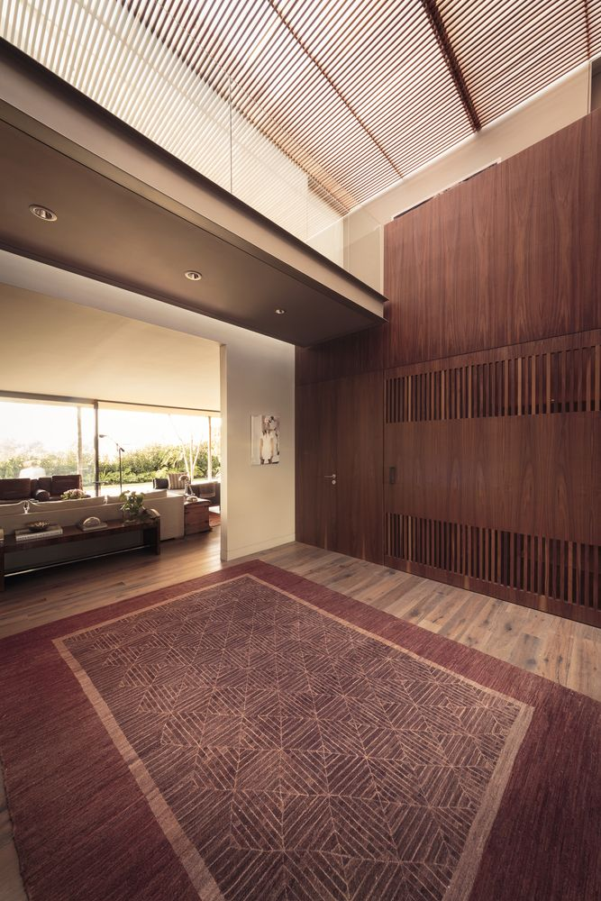 Gallery of Caúcaso House / JJRR/ARQUITECTURA - 7