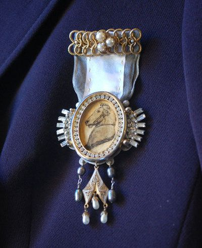 textile art brooches and medals - Google Search
