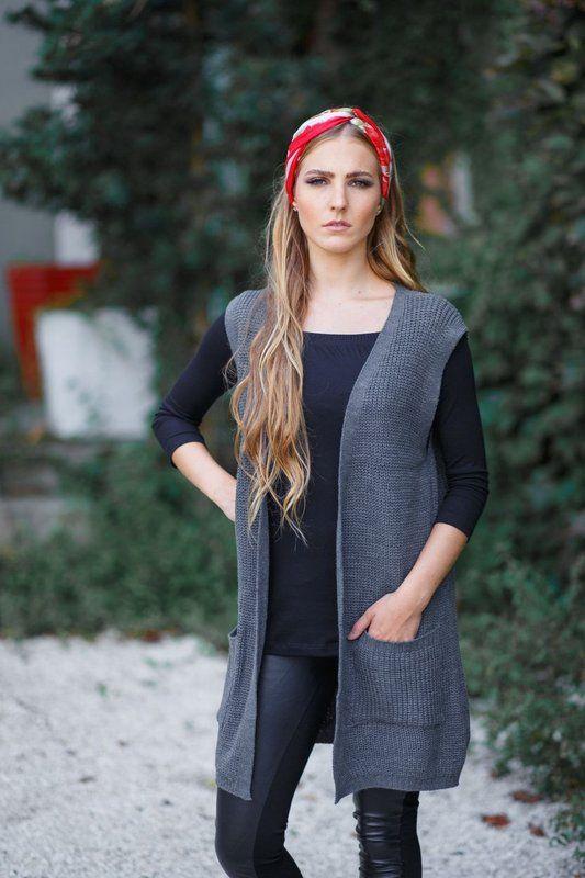 Colete alongado de tricô (tricot) com bolso cinza da marca Coleteria ♡ - Coletes femininos e infantis - Coleteria   sempre♡