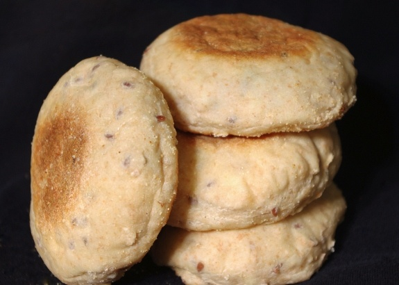 heart-healthy whole grains | multigrain English muffins