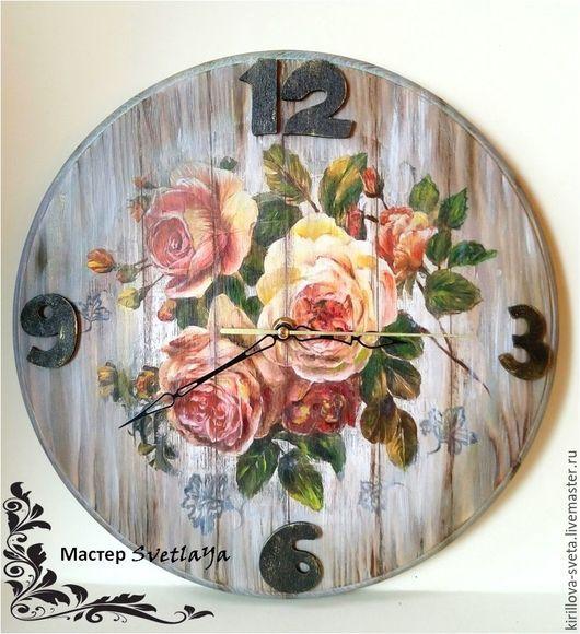 """Часы для дома ручной работы. Ярмарка Мастеров - ручная работа. Купить Часы """"Садовые розы"""". Handmade. Коралловый, цветы"""