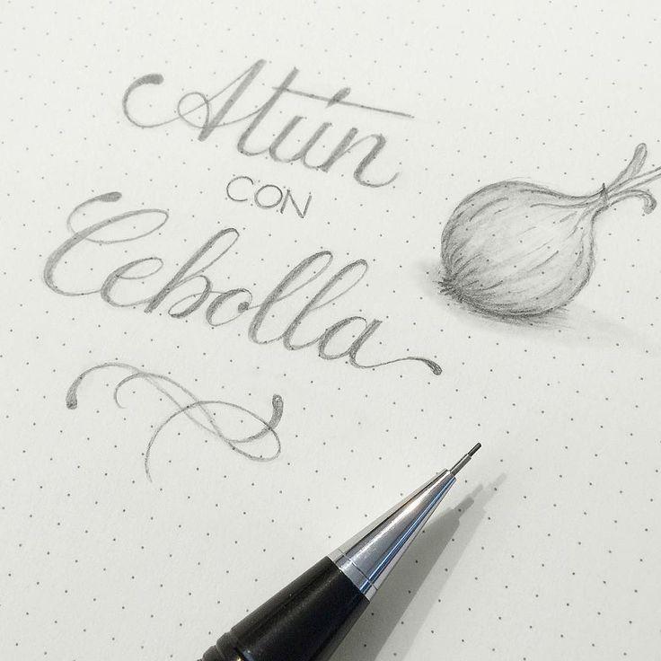 Atún con Cebolla @stgopenshop #rockyourhandwritingchile #calligraphy #newcalligraphy #caligrafia #lettering #placerculpable #dia12 #rockyourhandwriting