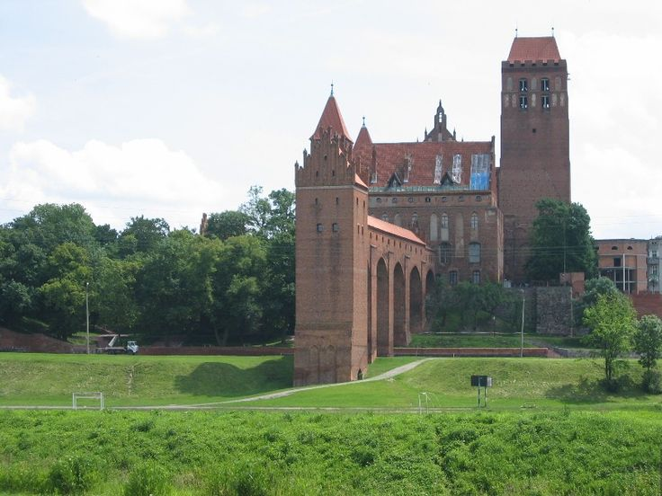 Gothic castle of Pomesanian bishops from 14th century in Kwidzyn, Poland.