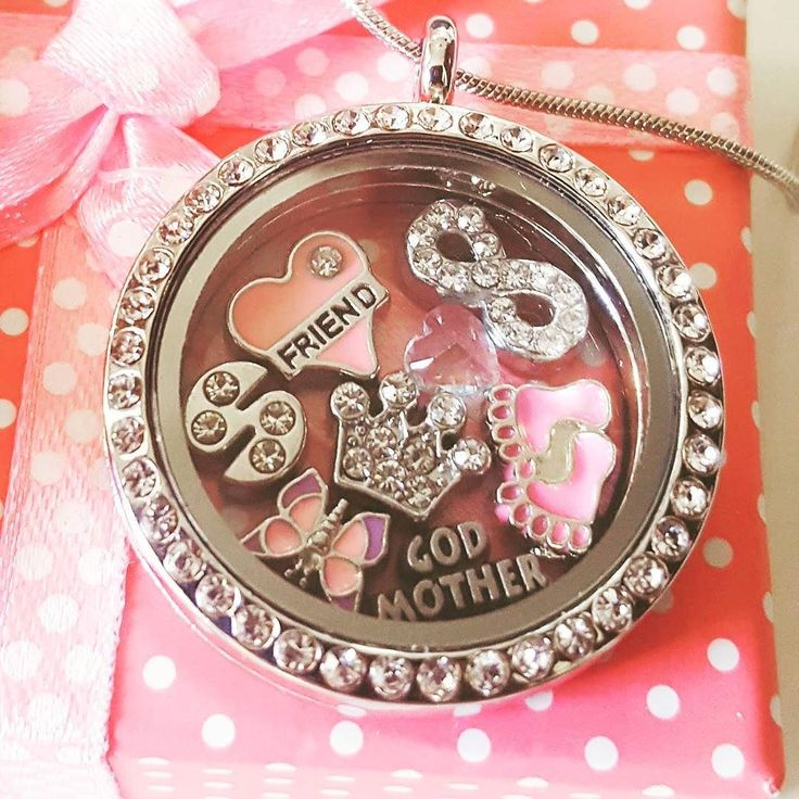Going girly for this ultra cute friendship inspired locket! Your Locket your design your story... What's going in yours?
