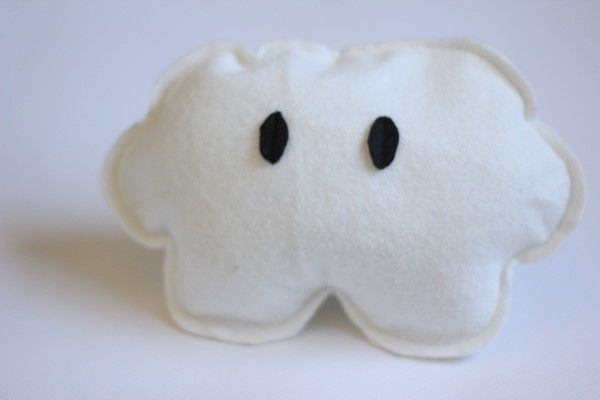 mario rattleGeek Baby, Mario Pillows, Friday Mario, Boys Friday, Baby Toys, Mario Style, Kate Sewing, Mario Clouds, Clouds Rattle