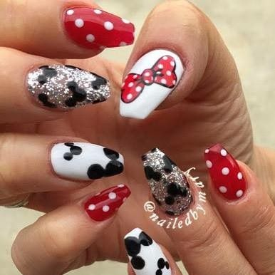 25 trending disneyland nails ideas on pinterest disney nails disneyland paris disneyland vacation disney inspired sparkly nails disney nails disney princess nails trips nice nails pretty nails prinsesfo Gallery