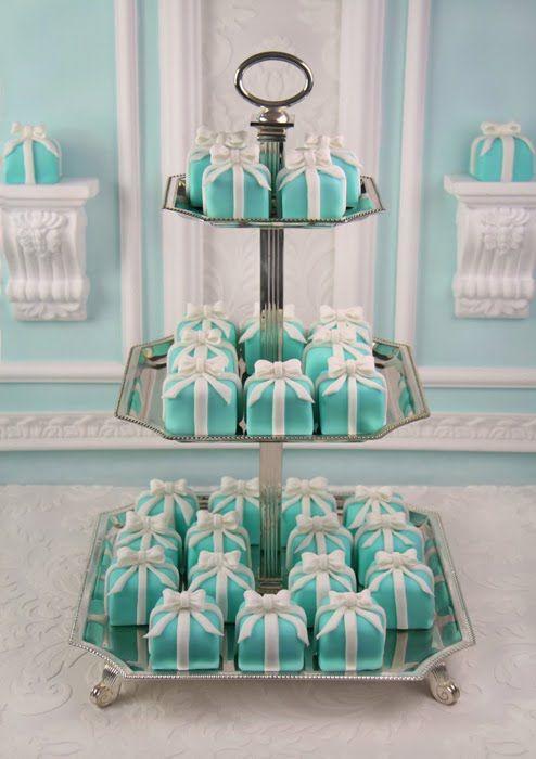 Tiffany Mini-Cakes in the shape of a Tiffany Box