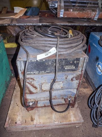 LINCOLN ARC WELDER MODEL: IDEALARC R3R-500, S/N: AC494319  Large NJ Fabricating Shop - 2 locations Online Auction October 2nd - Bidding Open Now Through October 2nd Bidding starts to close at 1:00 PM/Eastern   Available at Online Auction at http://www.acceleratedbuysell.net/cgi-bin/mnlist.cgi?perillo53%2Fcategory%2FALL