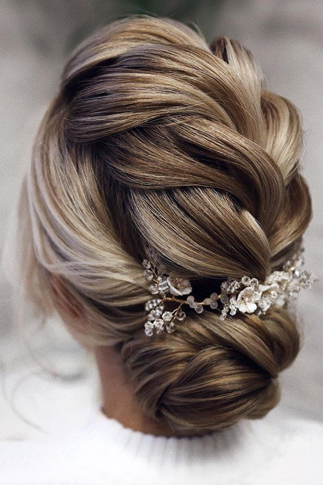 30 Pinterest Wedding Hairstyles For Your Unforgettable Wedding Romantic Wedding Hair Hair Styles Wedding Hairstyles