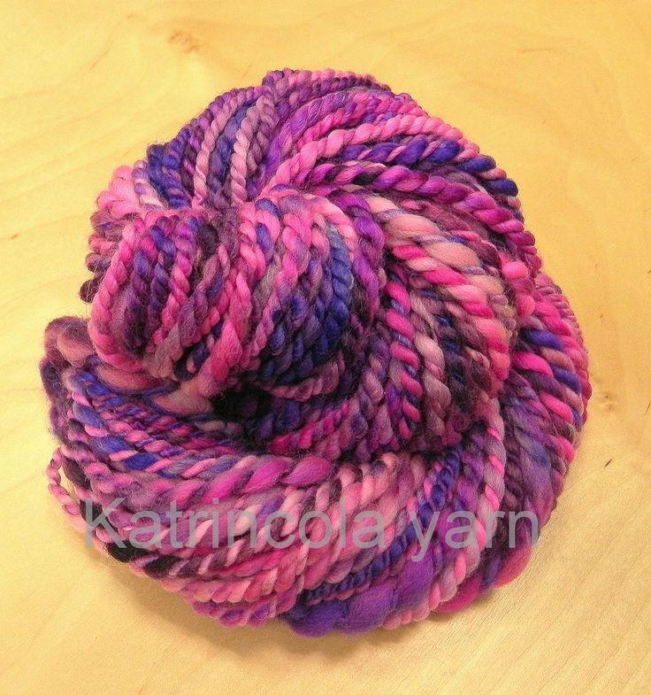 Příze ručně předená na kolovrátku 100% merino růžovo-fialová 66g Katrincola yarn