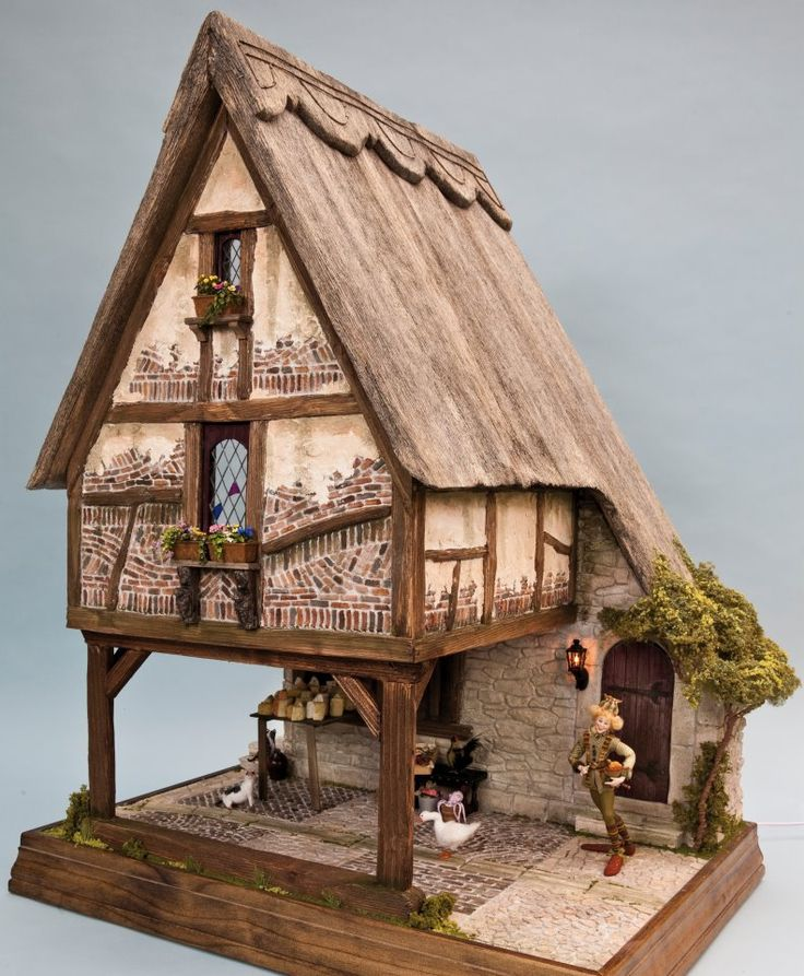 Tudor dollhouse (like the courtyard scene under the cottage)