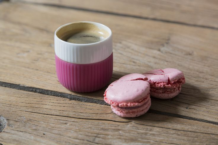 Fluted Contrast Espresso and macarons