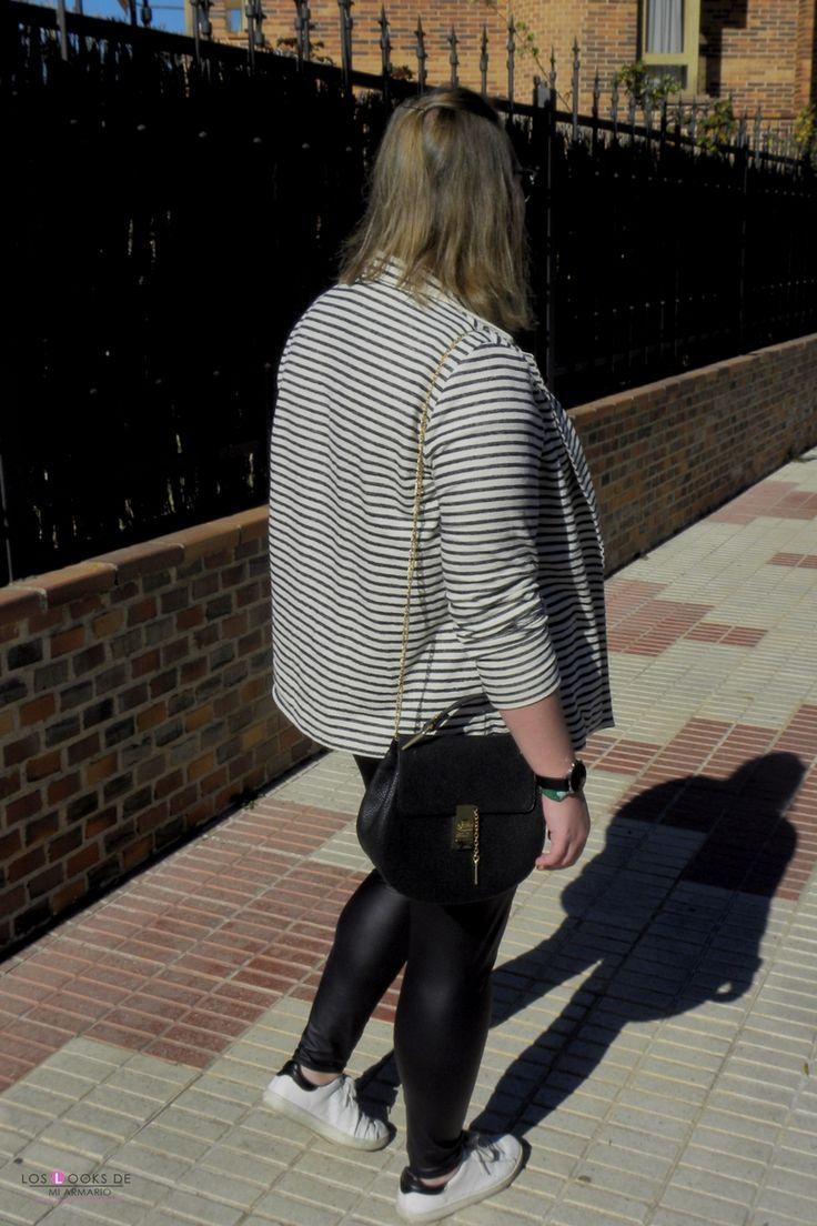 Trendy Curvy Look.BLAZER DE RAYAS VIOLETA BY MANGO  #blazer #rayas #violetabymango #primavera #look #palazzo #palmeras #camiseta #imnoangel #qmpongotallasgrandes #sneakers #fashion #moda #blazer #outfittallagrande #curvy #plussizecurve #personalshopper #curvygirl #loslooksdemiarmario #bloggermadrid #outfit #plussizeblogger #fashionblogger #influencer #trendy #bloggerXL