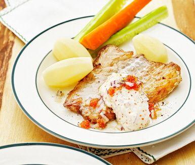 Stekt torsk med romsås och gurka | Recept ICA.se