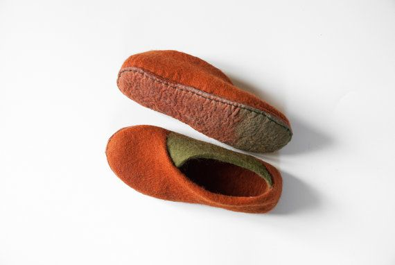 New 2016 collection ''The envelope slippers'' - Felt natural wool handmade slippers - cinnamon olive - felted slippers - valentines day gift