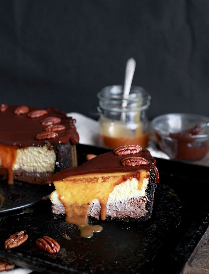Chocolate + Salted Caramel Cheesecake @themerrythought