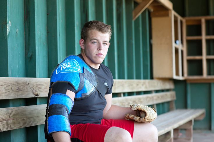 Pitchers Shoulder Ice Packs - Be Ready For The Baseball Season