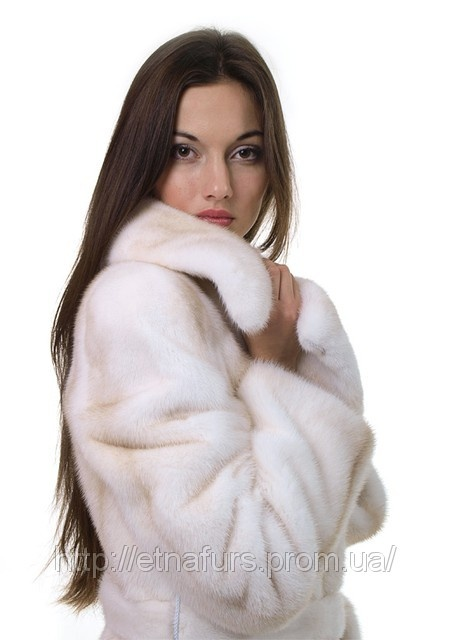 white mink fur coat: Fur Coats, Elegant Furs, Fashion Ideas, Fur Mink, Fur Fashion, World, White Mink