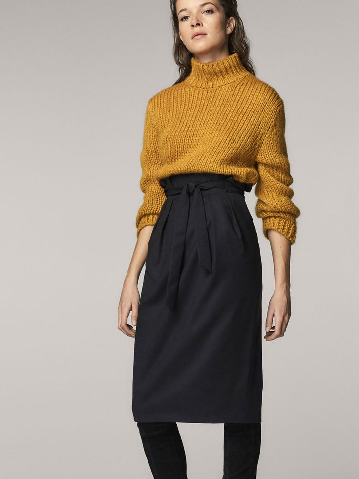Fall Winter 2017 Women´s WOOL SKIRT WITH TIED DETAIL at Massimo Dutti for 110. Effortless elegance!