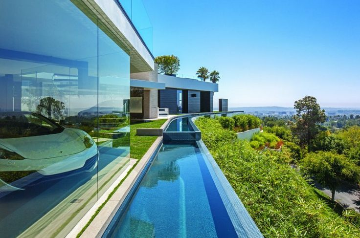 Unparalleled Laurel Way Residence by Whipple Russell Architects
