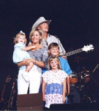 Alan Jackson Family | Alan and his family with President Bush