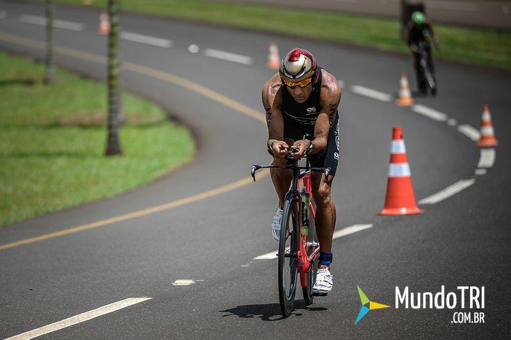 MundoTRI – Triathlon – Triatlo – Ironman   » O segredo da longevidade de Oscar Galindez no Triathlon