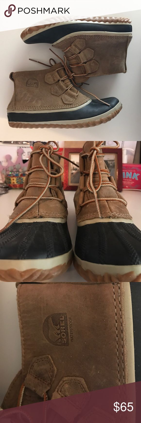 Sorel Duck Boots brand new, never been worn Sorel Duck boots! great for the winter time, or for rain! Sorel Shoes Winter & Rain Boots