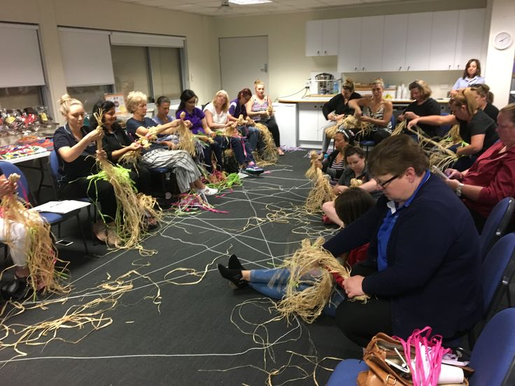 Lovely evening weaving and yarning. Visit www.kooricurriculum.com to learn more about our programs. #kooricurriculum #earlychildhoodeducation #aboriginal