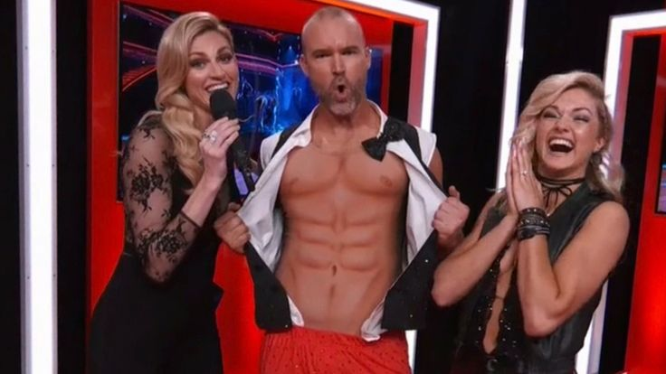 VIDEO:  Ross channels Magic Mike at 'DWTS'  -  April 3, 2017:  David Ross' performance on this week's episode of 'Dancing With the Stars' took an r-rated turn.