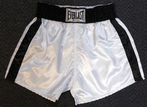 Muhammad Ali Autographed White Everlast Boxing Trunks PSA/DNA #V08534