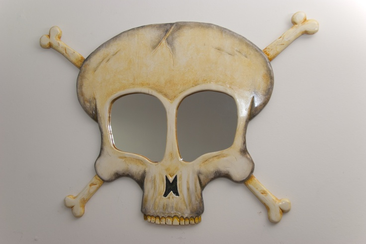 The Rare Skull Mirror - look at those details...