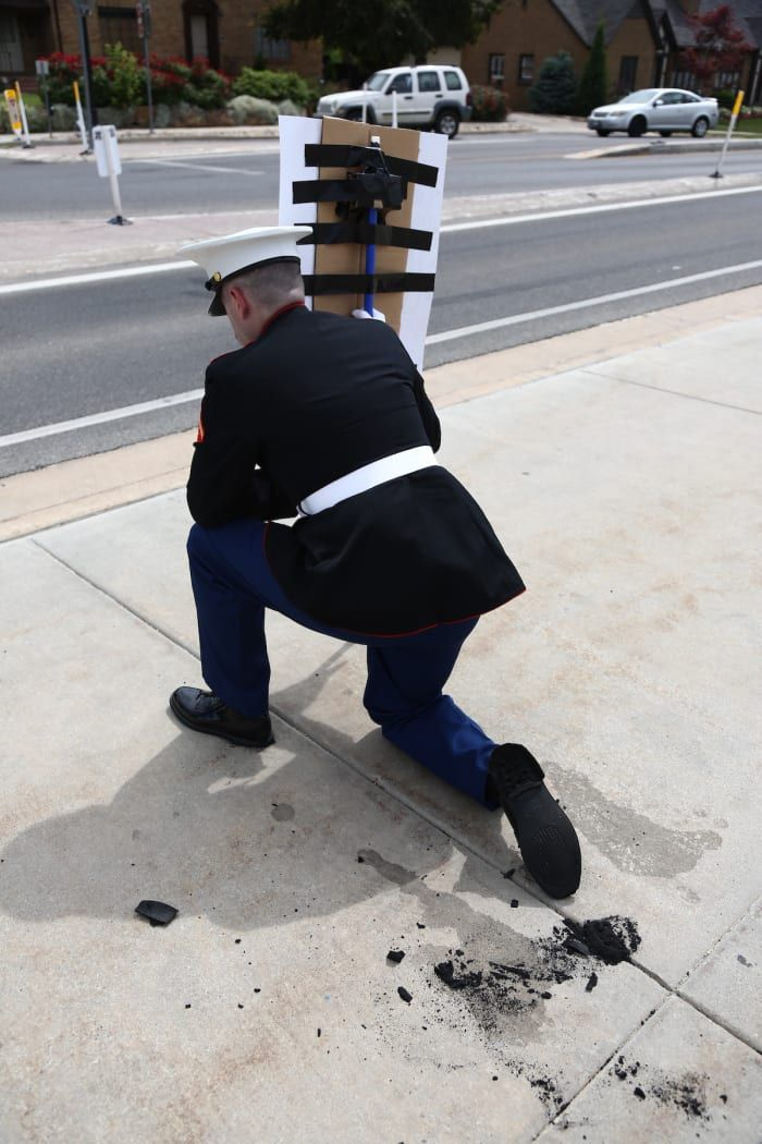 A Marine Vet Stood In Silent Protest Outside The Utah Capitol So Long That His Shoes Melted Task Purpo Marine Veteran Us Marine Black Lives Matter Movement