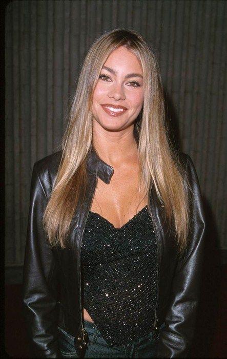 sofia vergara blonde | Febrero de 2000: recién llegada a Miami - Los looks de Sofía