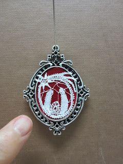 Miniature bobbin-lace Nativity. Contrasts-Rosamaria
