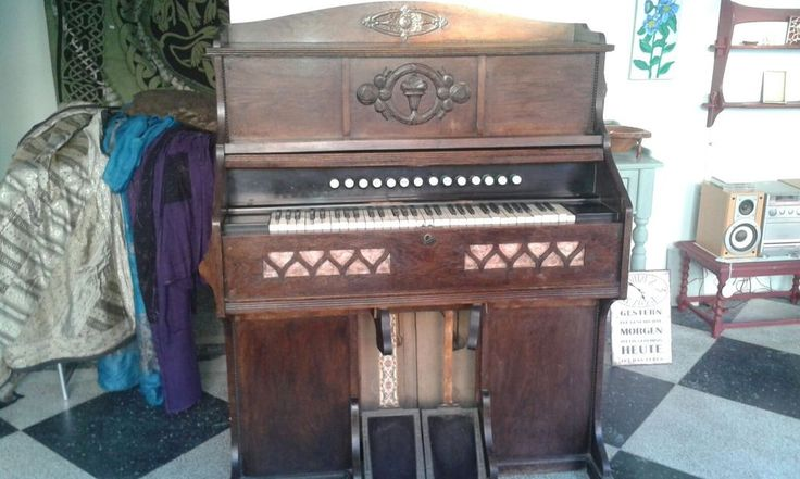 Pianos-Harmoniums, von F: Bendzko, Königsberg/Pr.