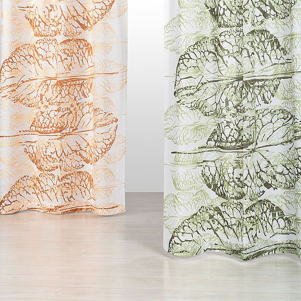 Leaves fra kollektion 2016. Se alle Kurage' designs her: http://kurage.dk/gardiner/