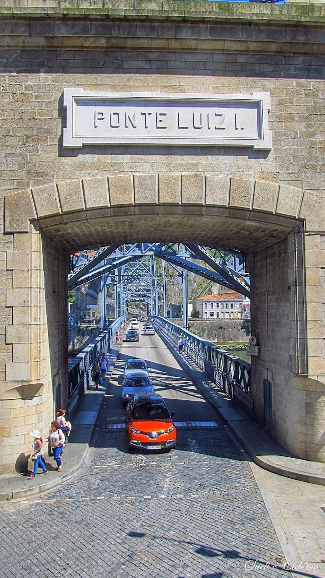 Tabuleiro inferior da Ponte D. Luis I sobre o Rio Douro, na cidade do Porto. Projecto de Eifel.
