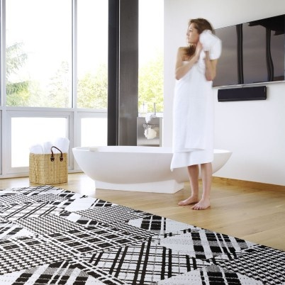 houndstooth and plaid rug: NEED!