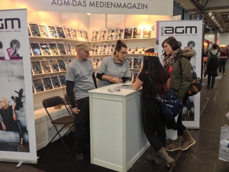 Die Leipziger Buchmesse ruft und wir kommen! Besucht uns doch in der Fantasy-Halle (Halle 2) am Stand G315. Vom 14.03. - 17.03.13 in Leipzig! follow us on facebook www.facebook.com/AGMMagazin